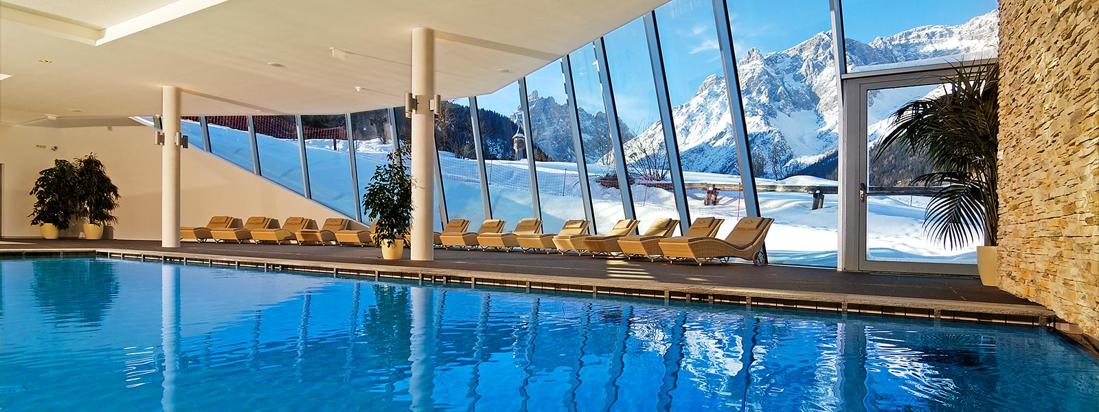 Wellness Sextner Dolomiten  Family Resort Rainer